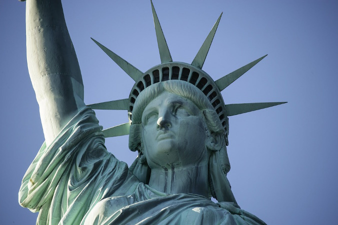 Freiheit und Unabhängigkeit gelten als erstrebenswert, nicht nur im Feminismus, sondern auch in Partnerschaft.