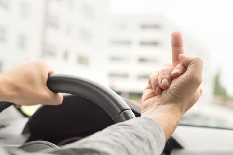Viele Autofahrer sehen sich in der Opferrolle. Warum ist das so?